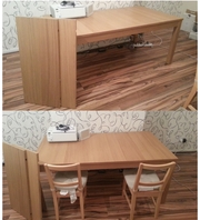 Large extendable dining table, excellent condition, like new,  Willenhall